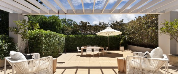 pergola bioclimatique orientable